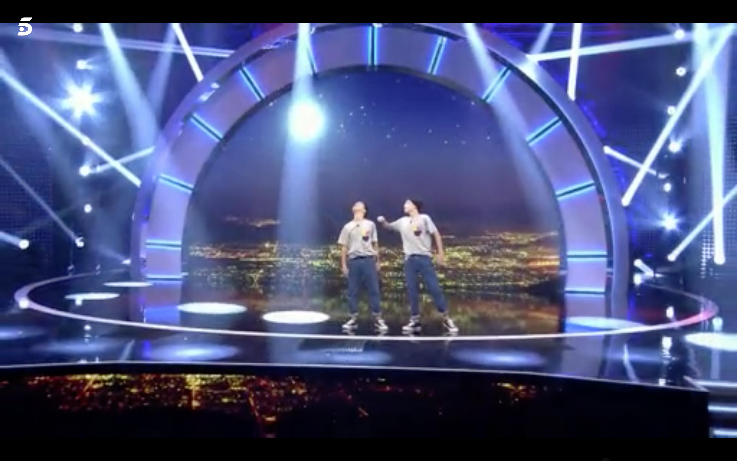 Héctor y Víctor Little Big Show